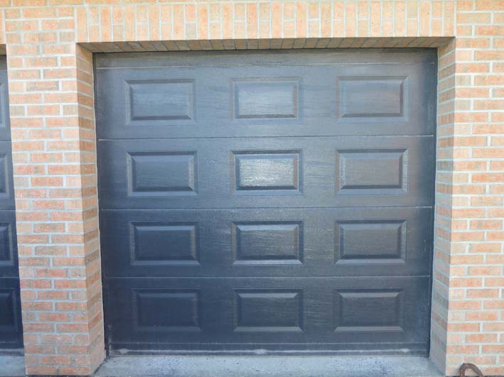 Porte garage sectionnelle coloree descamps diffusion solesmes